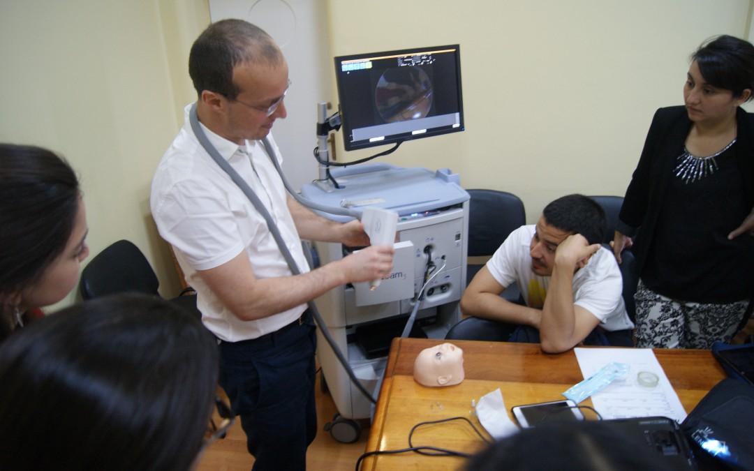 Nuestro hospital imparte curso de RETCAM, telemedicina en retinopatía del prematuro