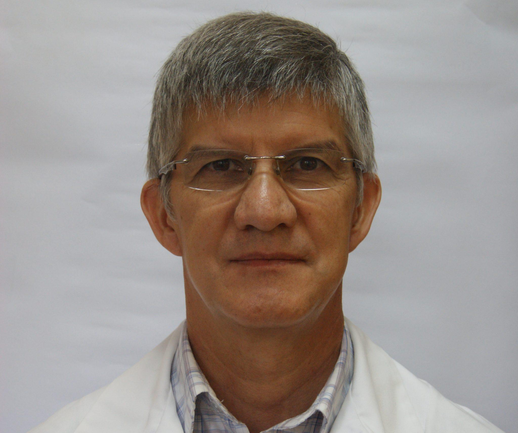 Dr. Ricardo Ávila Rubio