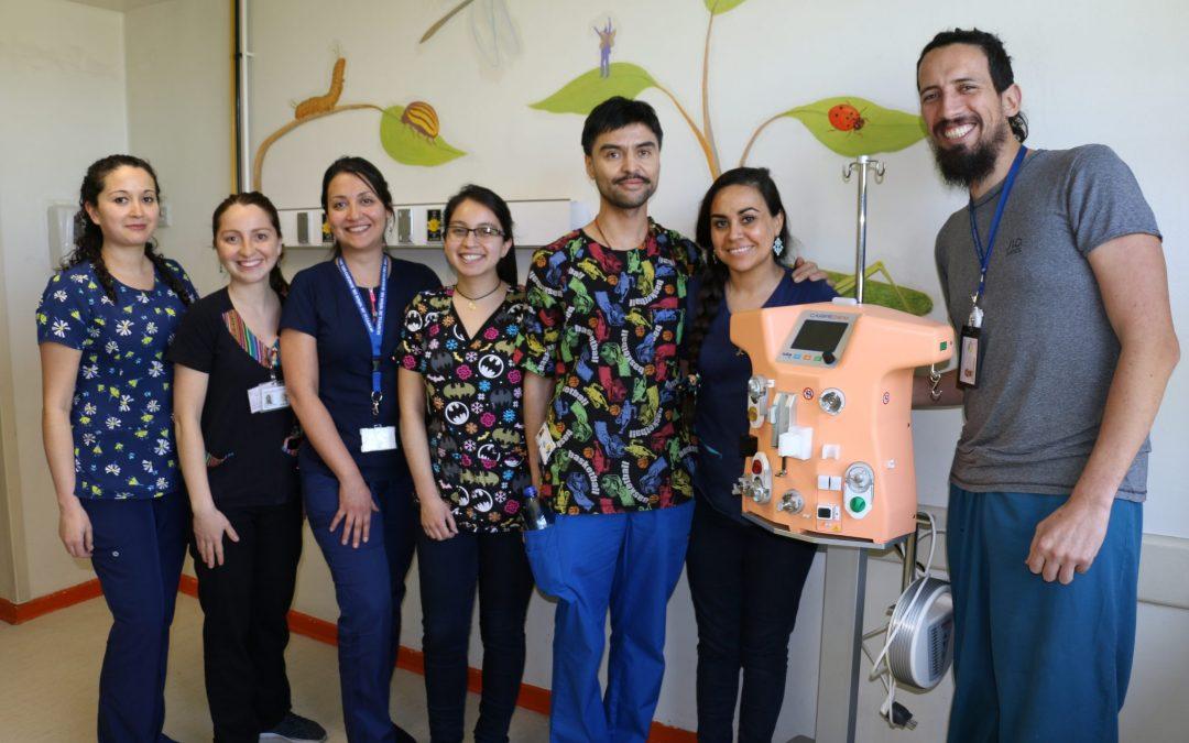 Hospital Roberto del Río realiza la primera terapia de soporte renal  para neonatos (o niños con menos de 3 kilos de peso)